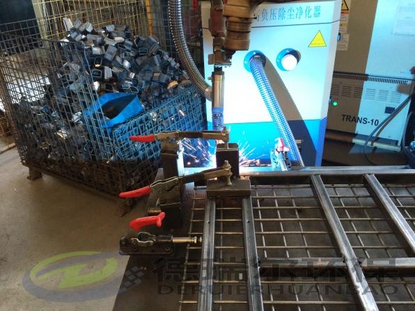 机器人配高负压烟尘净化器